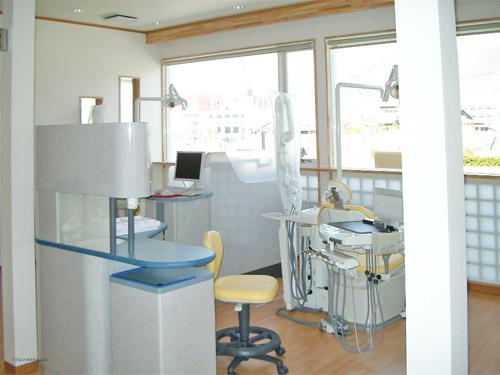 甲府市国玉町 ふじたに歯科医院 診察室