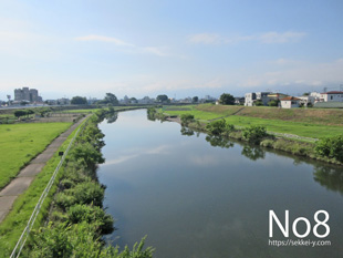 千秋橋から見る荒川