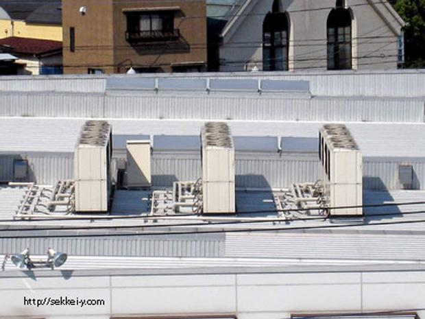 屋上のエアコン屋外機
