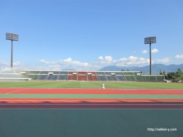 小瀬スポーツ公園 陸上競技場 東側