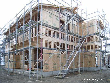 吉野聡建築設計室の自社建築。 枠組み工法(2×4工法)の構造